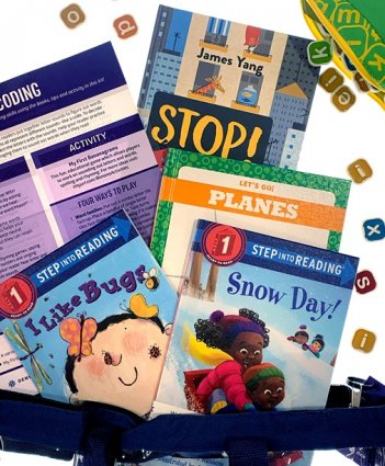 Contents of a Welcome to Reading kit. Four books, an activity and a tips sheet.